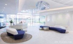 最流行明亮大方的创意办公室装修效果