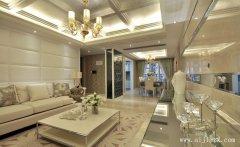 柔和色调的新古典风格三居室装修效果