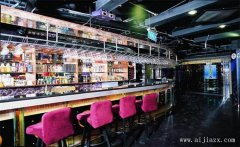 绚丽迷人的时尚酒吧装修效果图