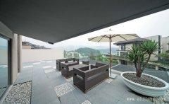 舒适实用的现代简约风格阳台装修效果